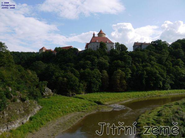 Hrad Veveří nad řekou
